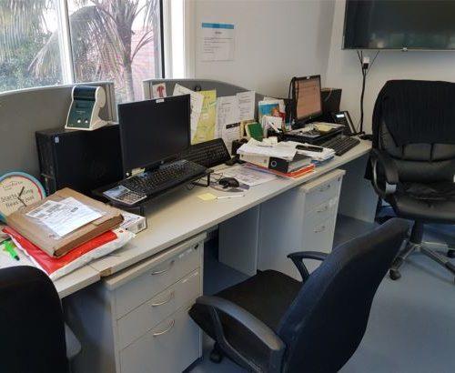 vet-clinic-rennovation-desk