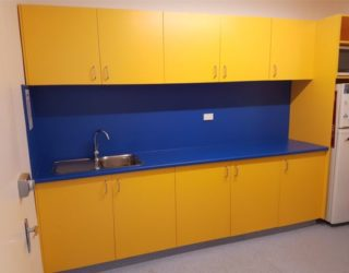 vet-kitchen-area